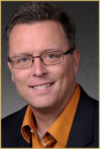 Headshot of Professor Brian Duncan