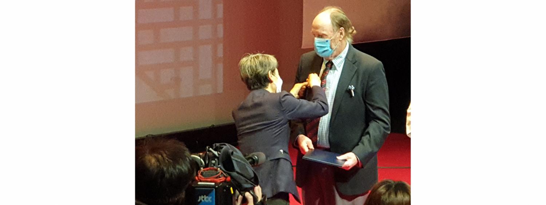 Martin Lockely Receives South Korean Presidential Award
