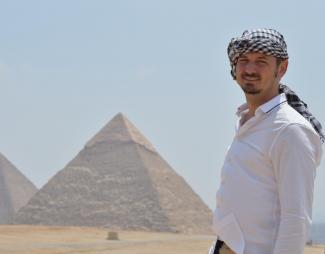 Justin Vaughan in Giza