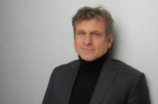 Christoph Stefes Headshot