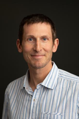 Portrait photo of Ben Greenwood