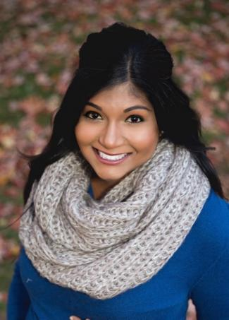 Sneha Thamotharan headshot